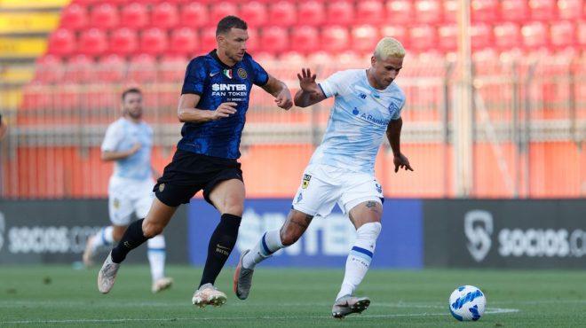 Inter batte Dinamo Kiev 3-0, Dzeko subito in gol