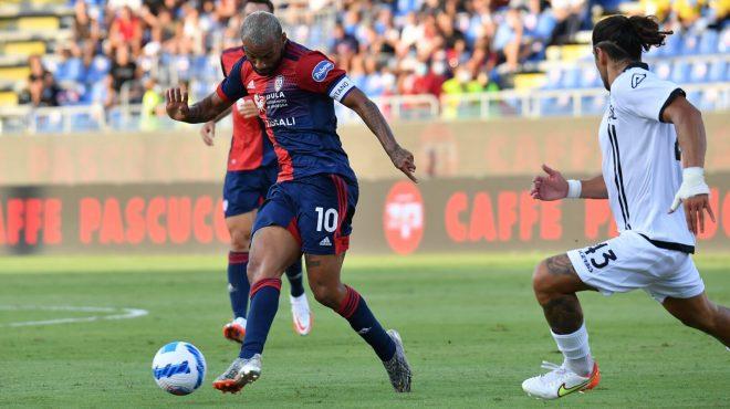 Joao Pedro salva il Cagliari, Spezia rimontato finisce 2-2