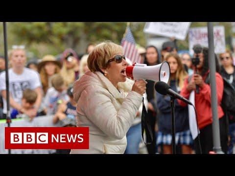 Mask mandates cause fierce debates as US students go back to school - BBC News