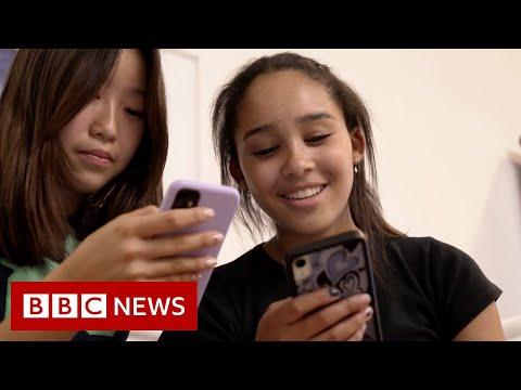 Can Gen Z break free from social media addiction? - BBC News